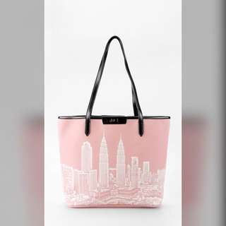 The KL Tote Bag in Pink