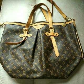 100% Authentic  LV Monogram Palermo Bag