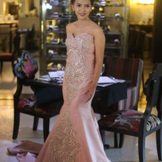 elegant gown for rent