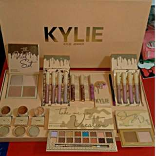 Kylie Bundle Vacation Set