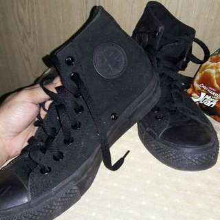 Auth womens converse