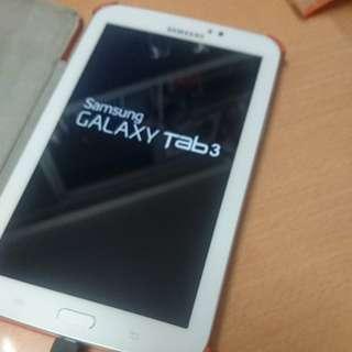 """Samsung Galaxy Tab 3 (7"""") Wifi with case"""