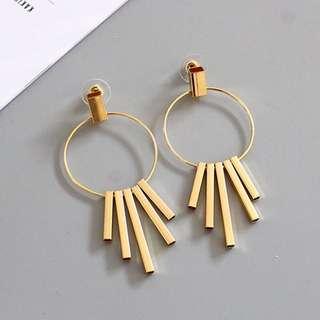 FREE SHIPPING Circle earrings