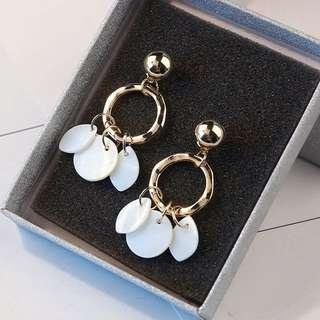 FREE SHIPPING  shell tassel earrings
