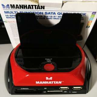 Manhattan hard disk and memory card reader
