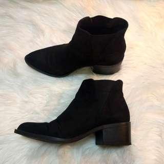 H&M Black Chelsea Suede Boots - Size 7