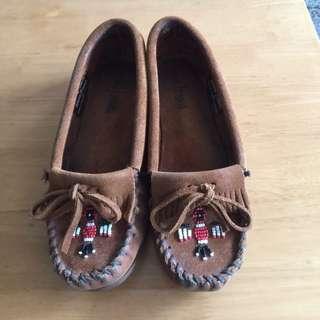 莫卡辛鞋 羈皮串珠款