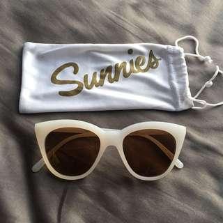 Sunnies Cateye Limited Edition
