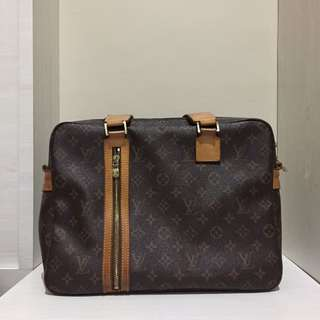 Louis Vuitton Premium Bag
