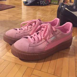 Pink Puma Creeper real Suede size 6.5c/38.5