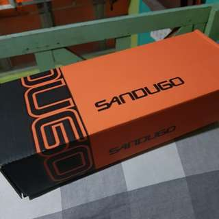 Sandugo Pulag Hiking Sandals size 6 [REPRICED from PHP675)
