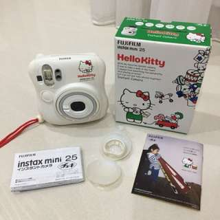 Instax mini 25 (Hello Kitty)