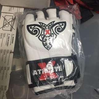 Athlete X MMA Gloves - size M