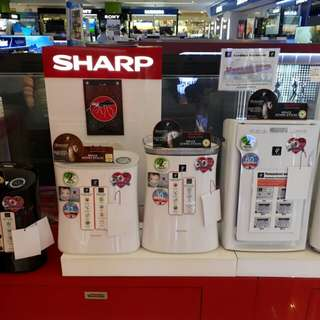 Brandnew Sharp Air Purifier Humidifier and with Mosquito Catcher