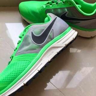 Nike Zoom Vomero8 Uk43 NEW Fast