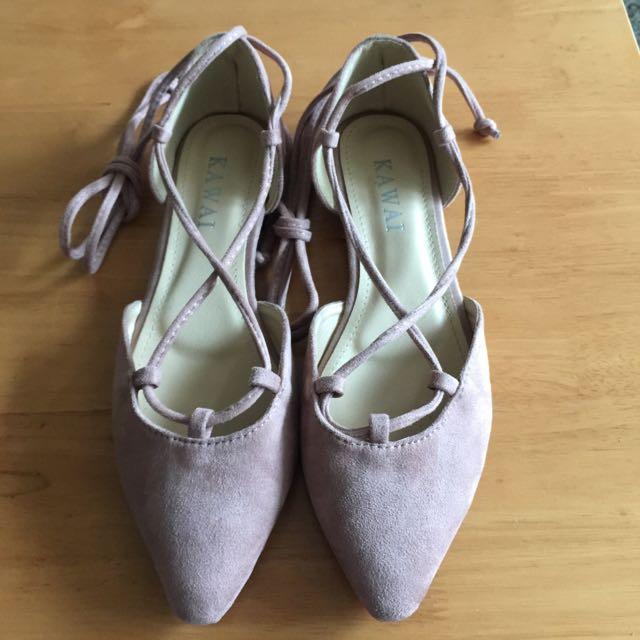 綁帶尖頭鞋