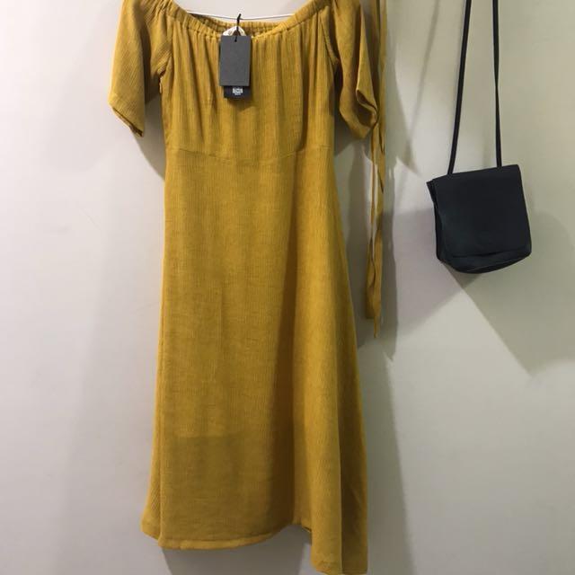 全新✨芥黃色兩穿連身裙