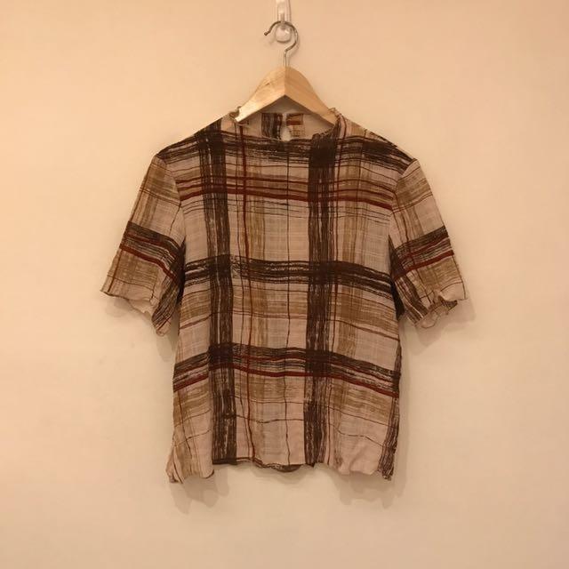 泡泡材質五分袖微高領上衣/日本製