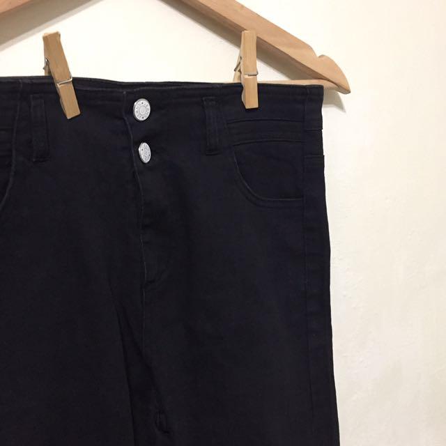 近全新 中高腰M號雙釦黑色牛仔窄管褲