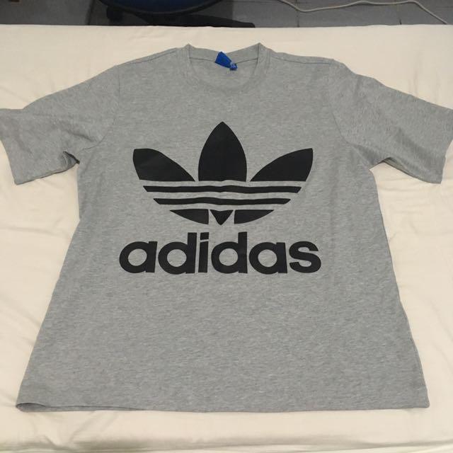 Adidas 灰色短袖