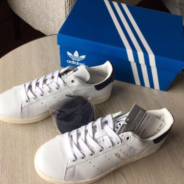 Adidas Stan Smith (BRAND NEW)