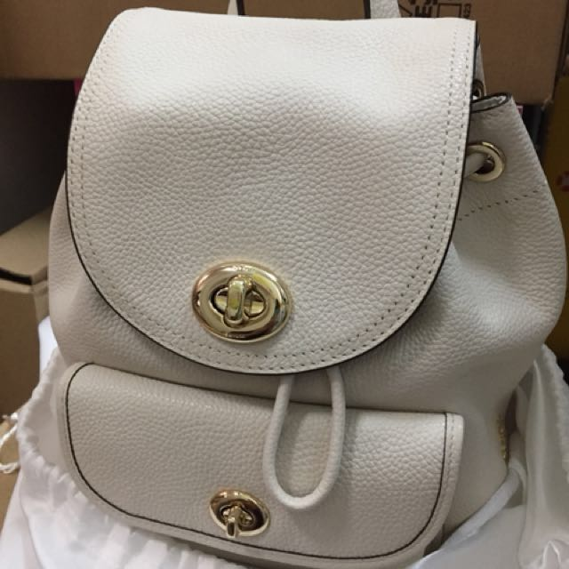 53f922e308 Authentic Coach off white leather backpack (S), Women's Fashion, Bags &  Wallets on Carousell