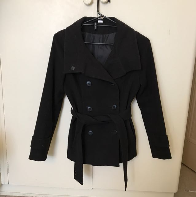 Black H&M winter coat jacket size 6 XS