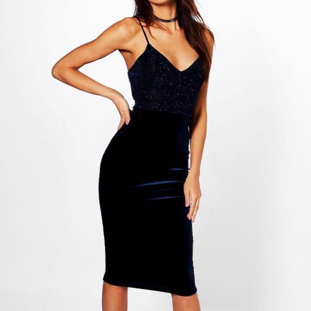 *BRAND NEW* Velvet Navy dress Size 8