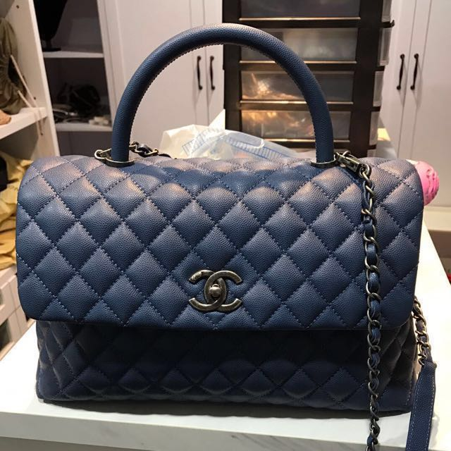 2b251934ddb5 Chanel Coco Handle (Medium) , Luxury, Bags & Wallets on Carousell
