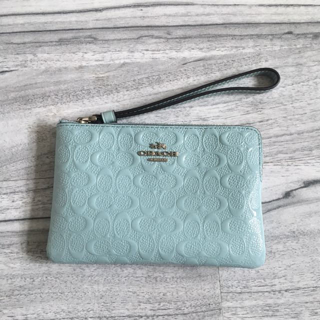 Coach pouch baby blue
