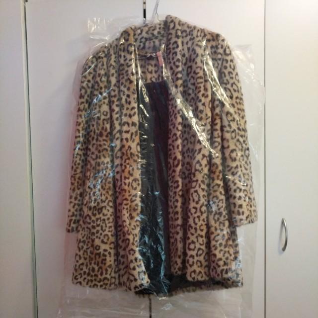Forever New Leopard Fur Coat Size 8