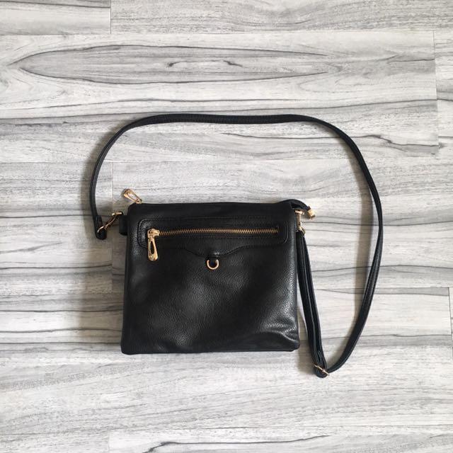 Hana sling bag - black