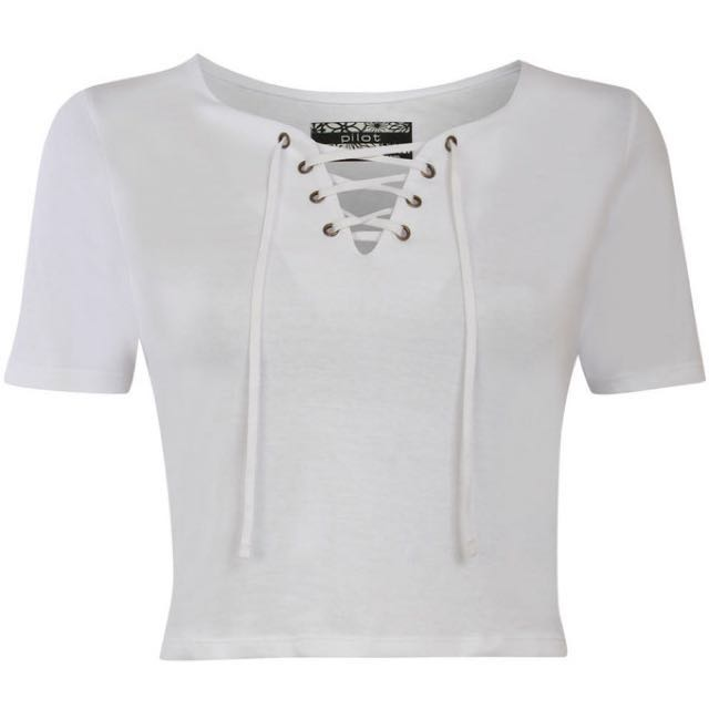 c7c3e948c074cd h&M lace up crop top, Women's Fashion, Clothes, Tops on Carousell