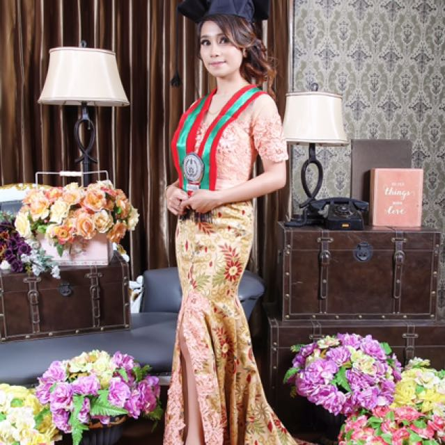 Kebaya gown