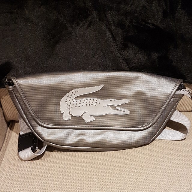 Lacoste pouch. authentic