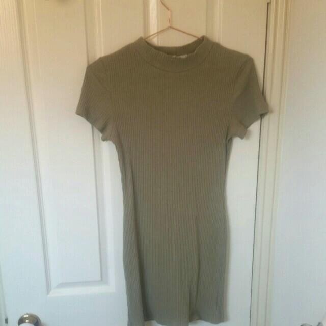 Light Khaki Green Ribbed Bodycon Mini Dress Sz 8-10