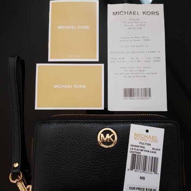 61f6a6e3b19 Michael Kors Fulton LG Flat MF Phone Case in Black Leather 35H5GFTE3L on  Carousell