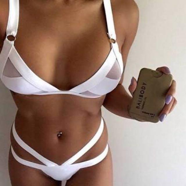 New white bikini sz M
