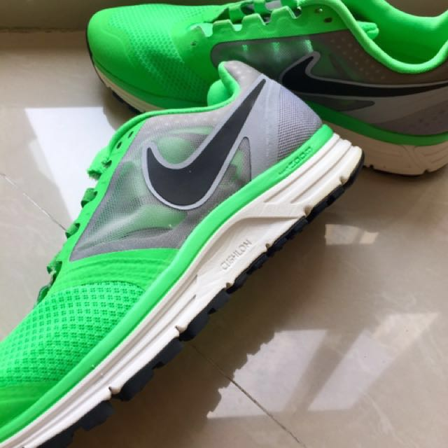 Nike Zoom Vomero8 Uk43 NEW Fast