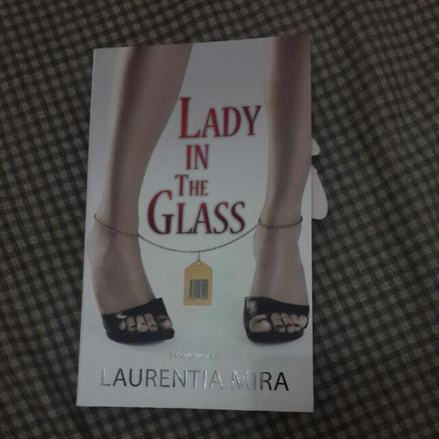 Novel Indonesia Lady In The Glass