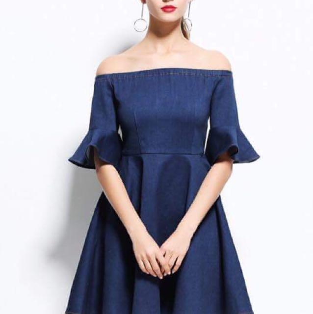 Offshoulder  denim dress