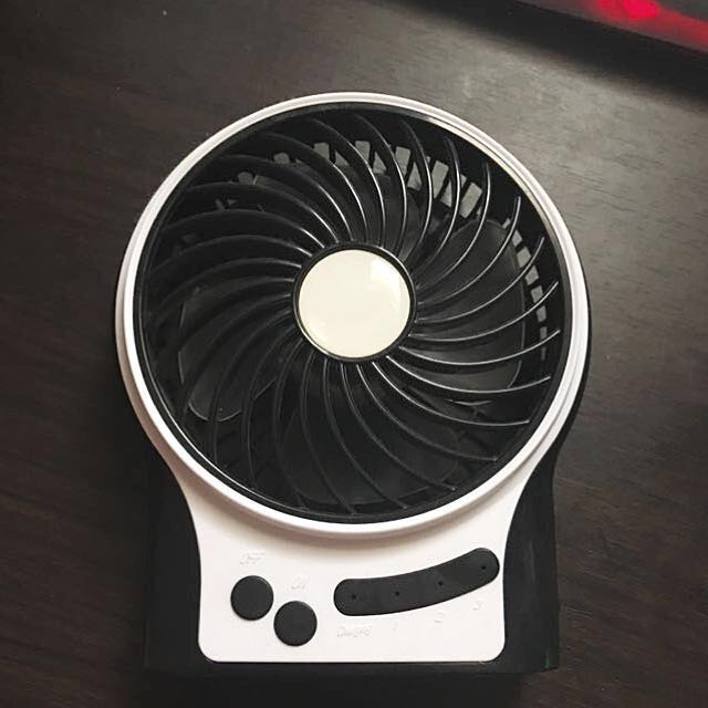 Portable FAN that is rechargeable for SUMMER