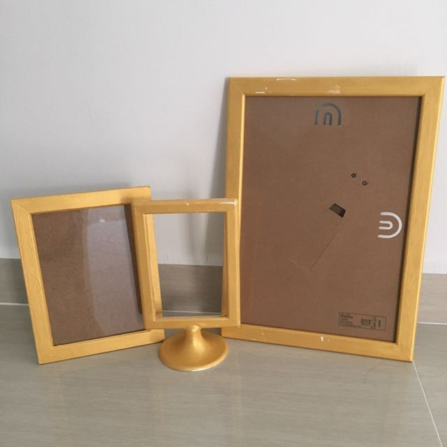 Pre Loved Golden Photo Frame Decor Props Photobooth Wedding