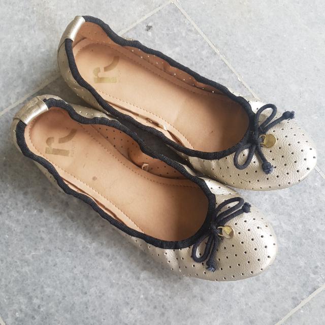 Report gold matte ballerina flat