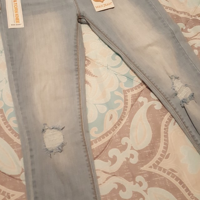 Ripped Skinny Jeans Size 26-28