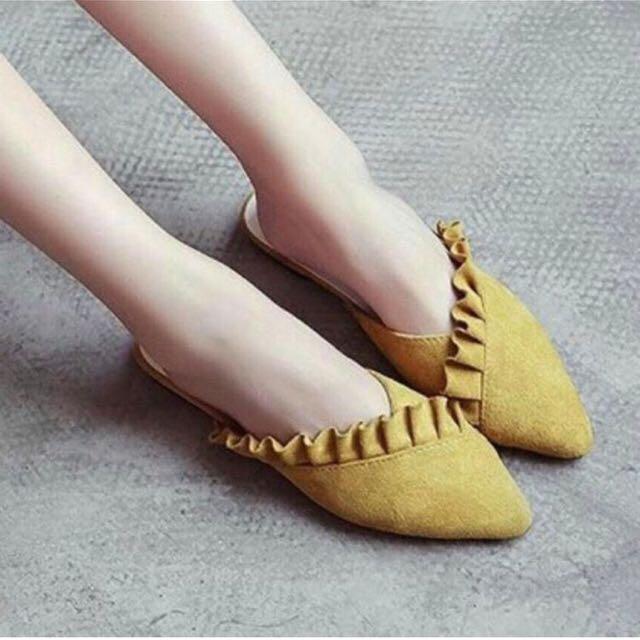 Sandal size 36 (NEW)