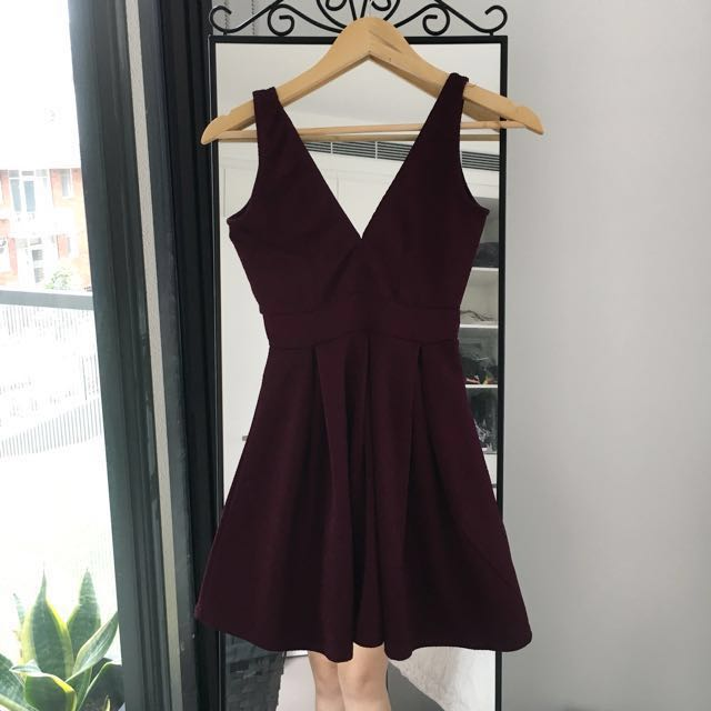 Sexy maroon mini dress - Size S