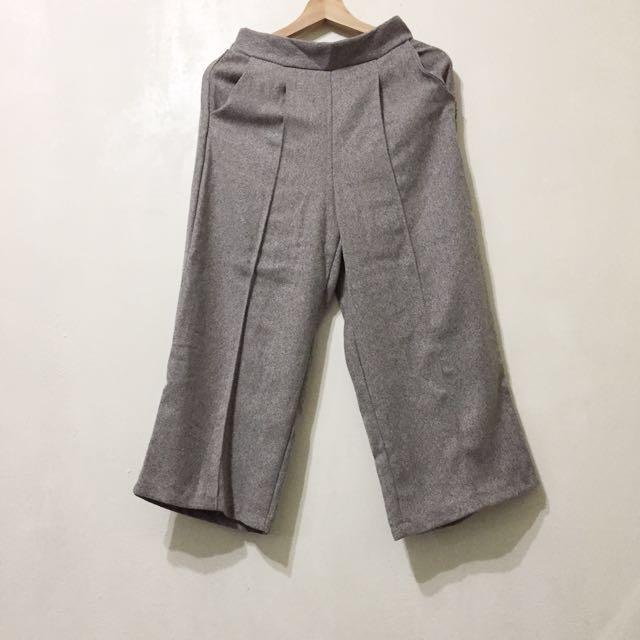Starmimi購入 後鬆緊褲頭中線硬挺直筒褲