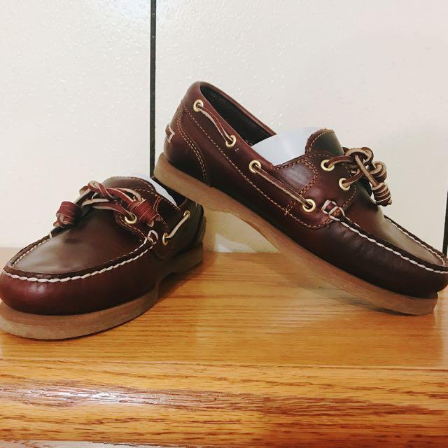 Timberland基本款帆船鞋