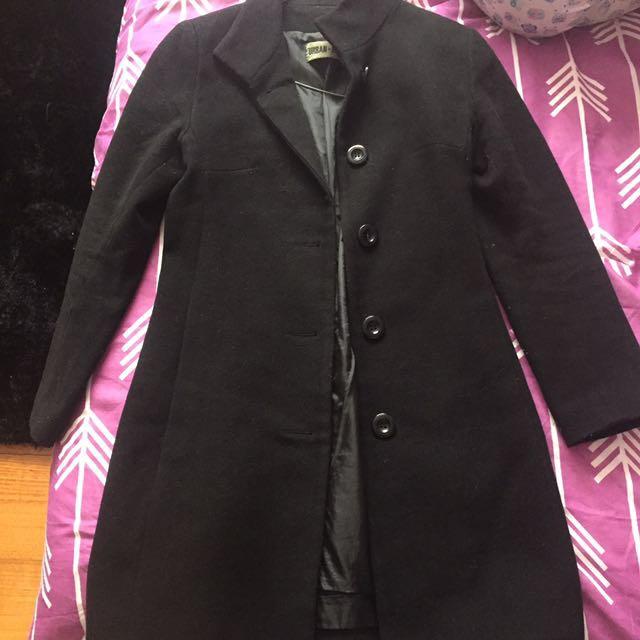 Urban Taylor size 6 black coat